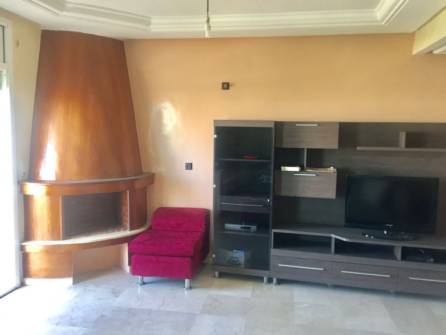 Joli appartement meubl pour location gharb chrarda beni for Appartements meuble