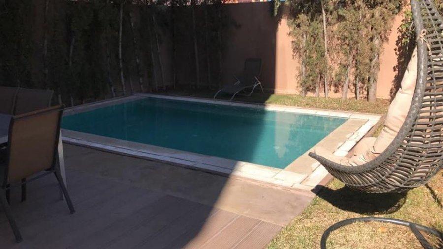 Villa moderne meublée avec piscine à vendre:Marrakech offre Vente Villa